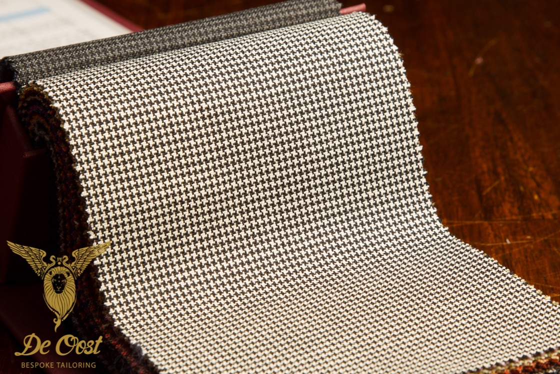 Black+and+White+Houndstooth+Puppytooth+CRISPAIRE+COLLECTION+HOLLAND+&+SHERRY+HS+1333A+-+Suiting+Fabric+Amsterdam.jpg