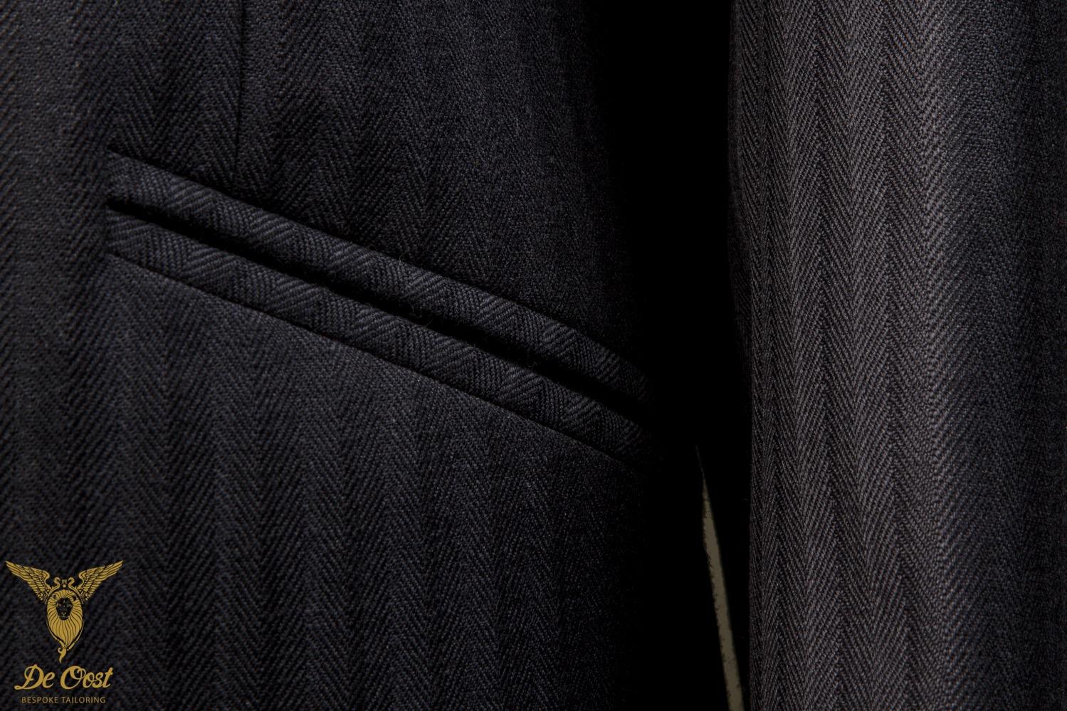 Heren+pakken+en+kostuums+laten+maken+Amsterdam+Navy+Visgraat+Brits+Engels+(2).jpg