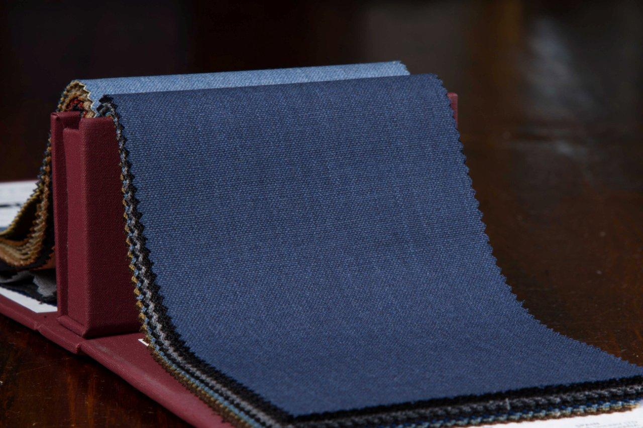 Hopsack+Fabric-Holland+and+Sherry+-+Force+10+Merino+-+HS1196.jpg