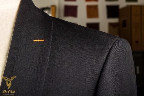 1-knoops+modern+pak+blauw+shawl+kraag+paspelzakken+schuin+met+vest+gilet++(41).jpg