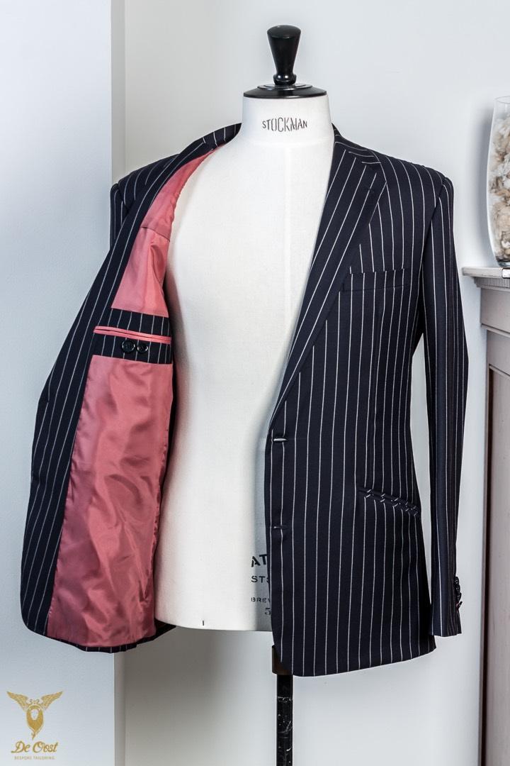 Krijtstreep+maatpak+super+120´s+broek+met+omslag+Chalk+Stripe+Suit+Tailored+280+gram+Huddersfield+Worsted++(22).jpg