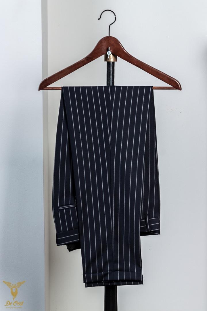 Krijtstreep+maatpak+super+120´s+broek+met+omslag+Chalk+Stripe+Suit+Tailored+280+gram+Huddersfield+Worsted++(25).jpg