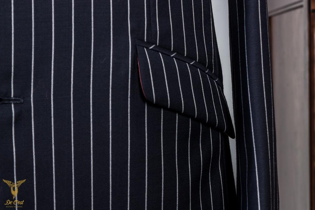 Krijtstreep+maatpak+super+120´s+broek+met+omslag+Chalk+Stripe+Suit+Tailored+280+gram+Huddersfield+Worsted++(40).jpg