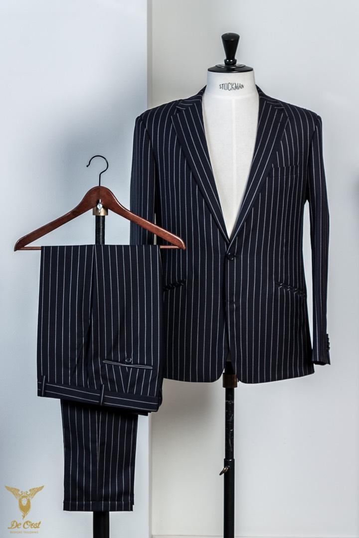 Krijtstreep+maatpak+super+120´s+broek+met+omslag+Chalk+Stripe+Suit+Tailored+280+gram+Huddersfield+Worsted++(29).jpg