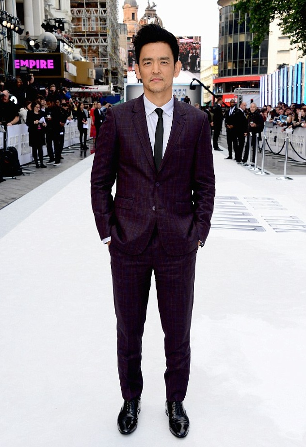 John+Cho+Flat+front+trousers+Empire.jpg