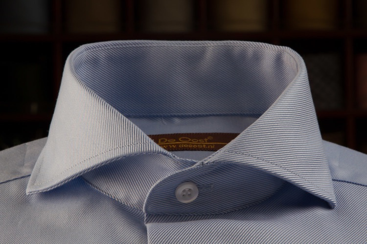 Light Blue Dress Shirt with Cutaway Collar tailored by De Oost