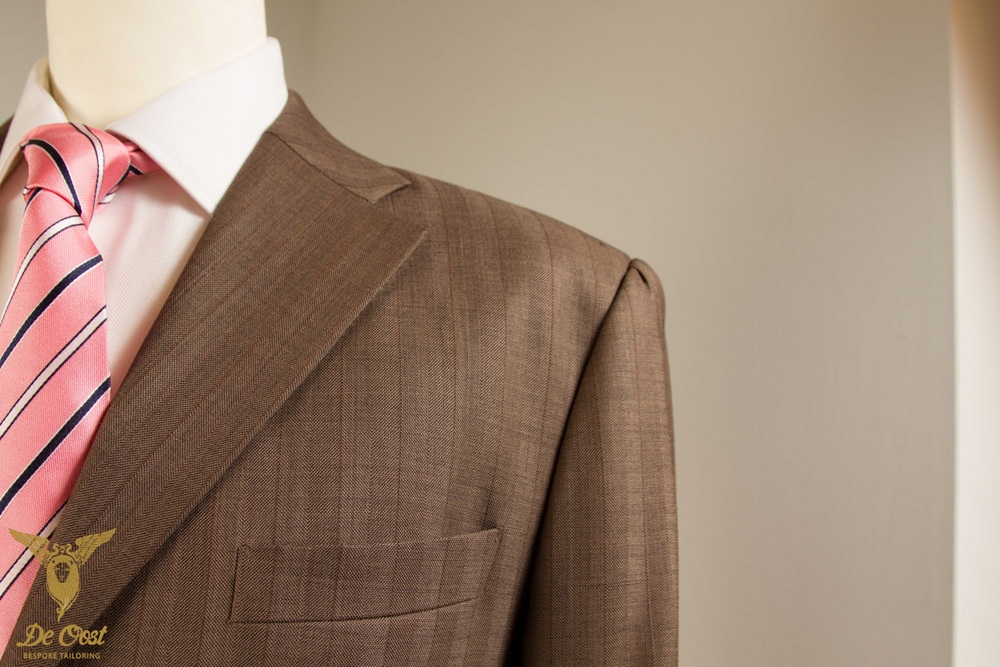 Beige+Suit+Lapel+Detail.jpg