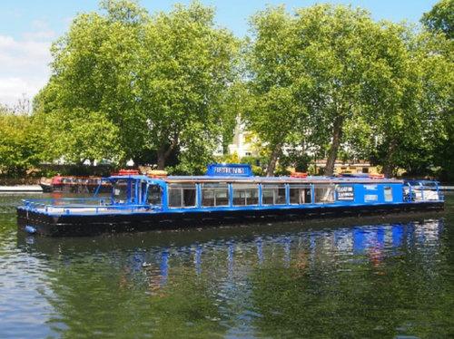 floating_classroom_boat.jpg
