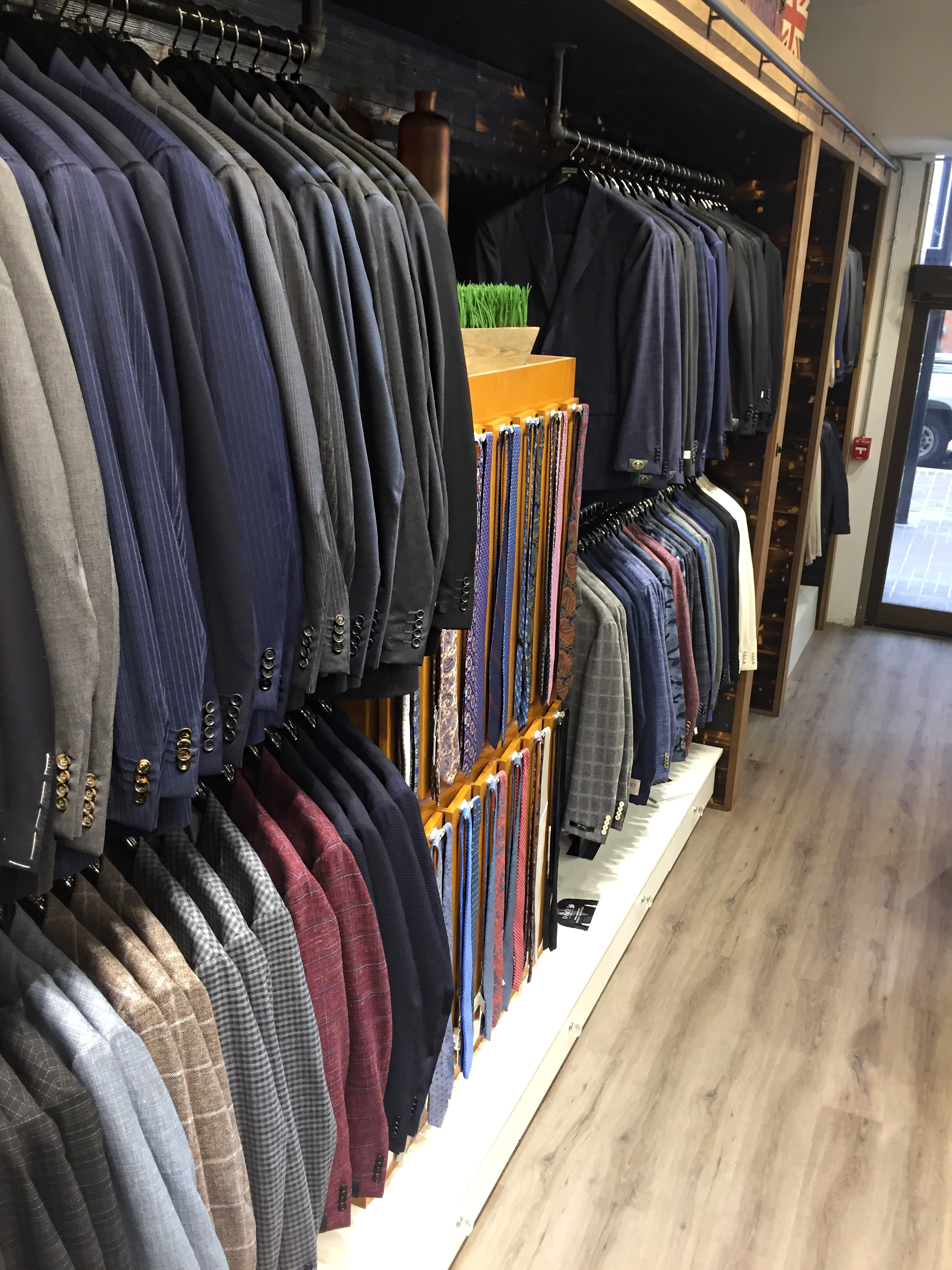 mens-blazer-and-sport-coat.jpg
