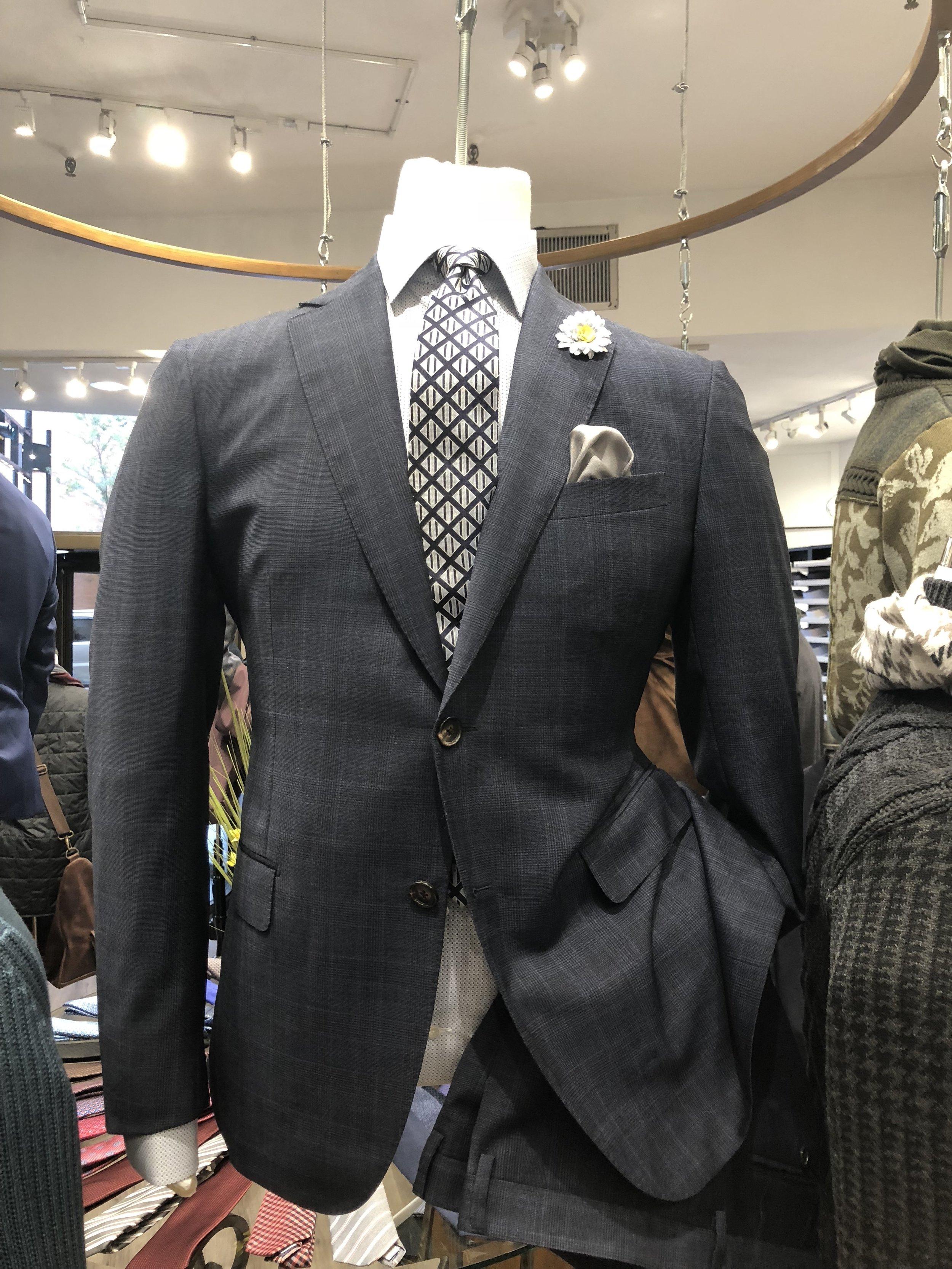 mens-checkered-suit.JPG