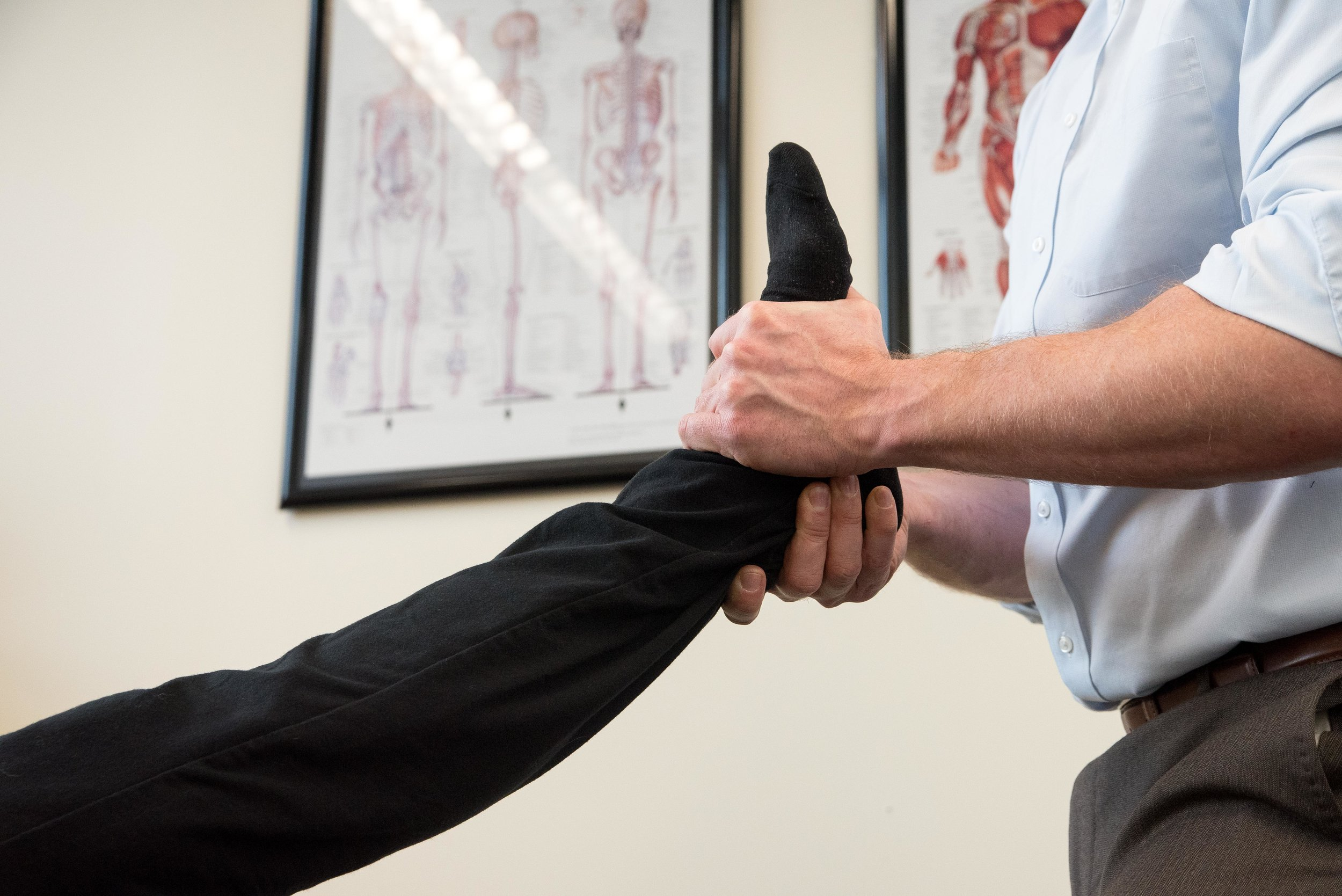 chiropractic_ankle_adjustment.jpg