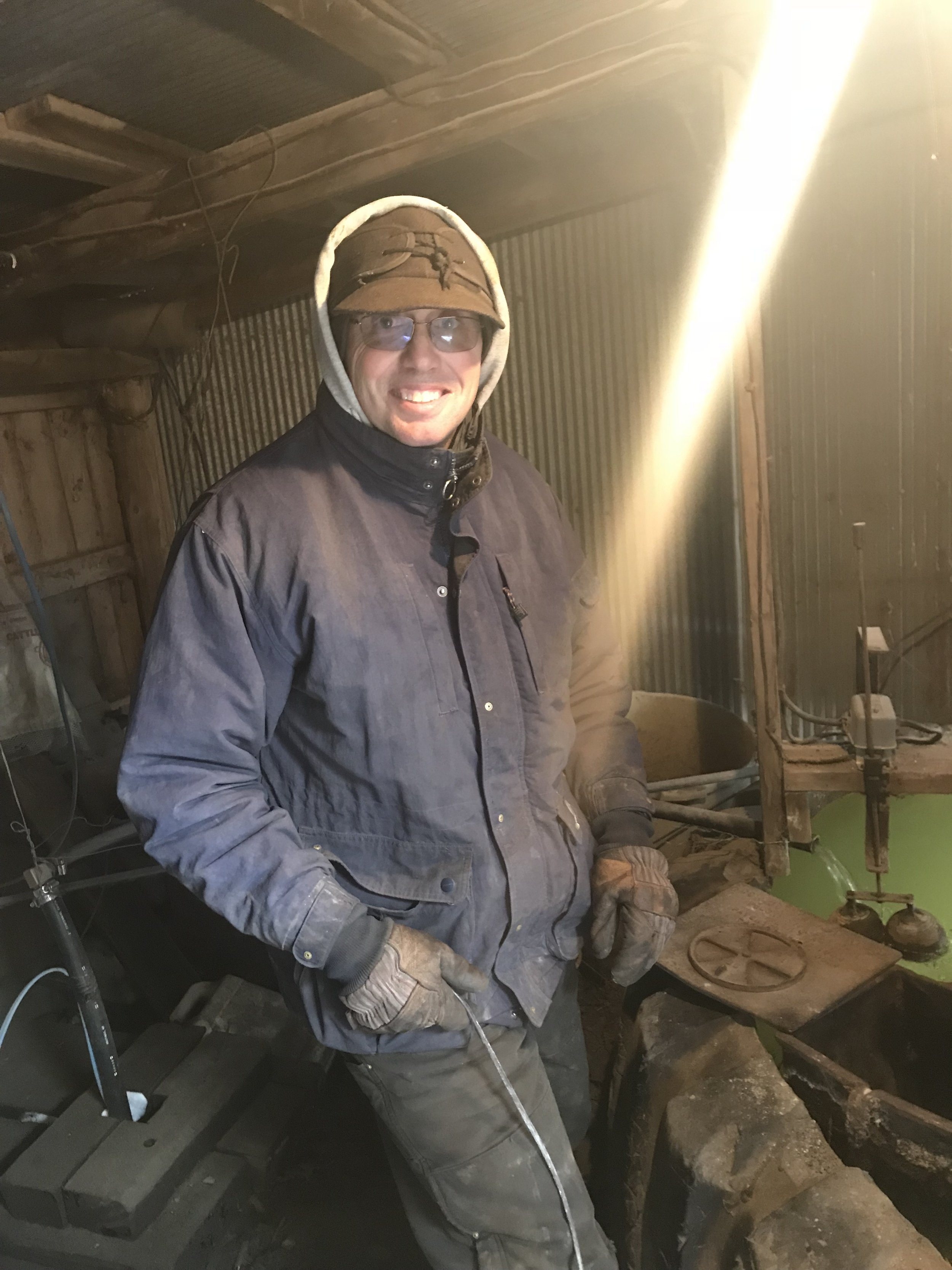 happy Dad putting coal in the tank heater... much happier than if he was chopping ice ;)