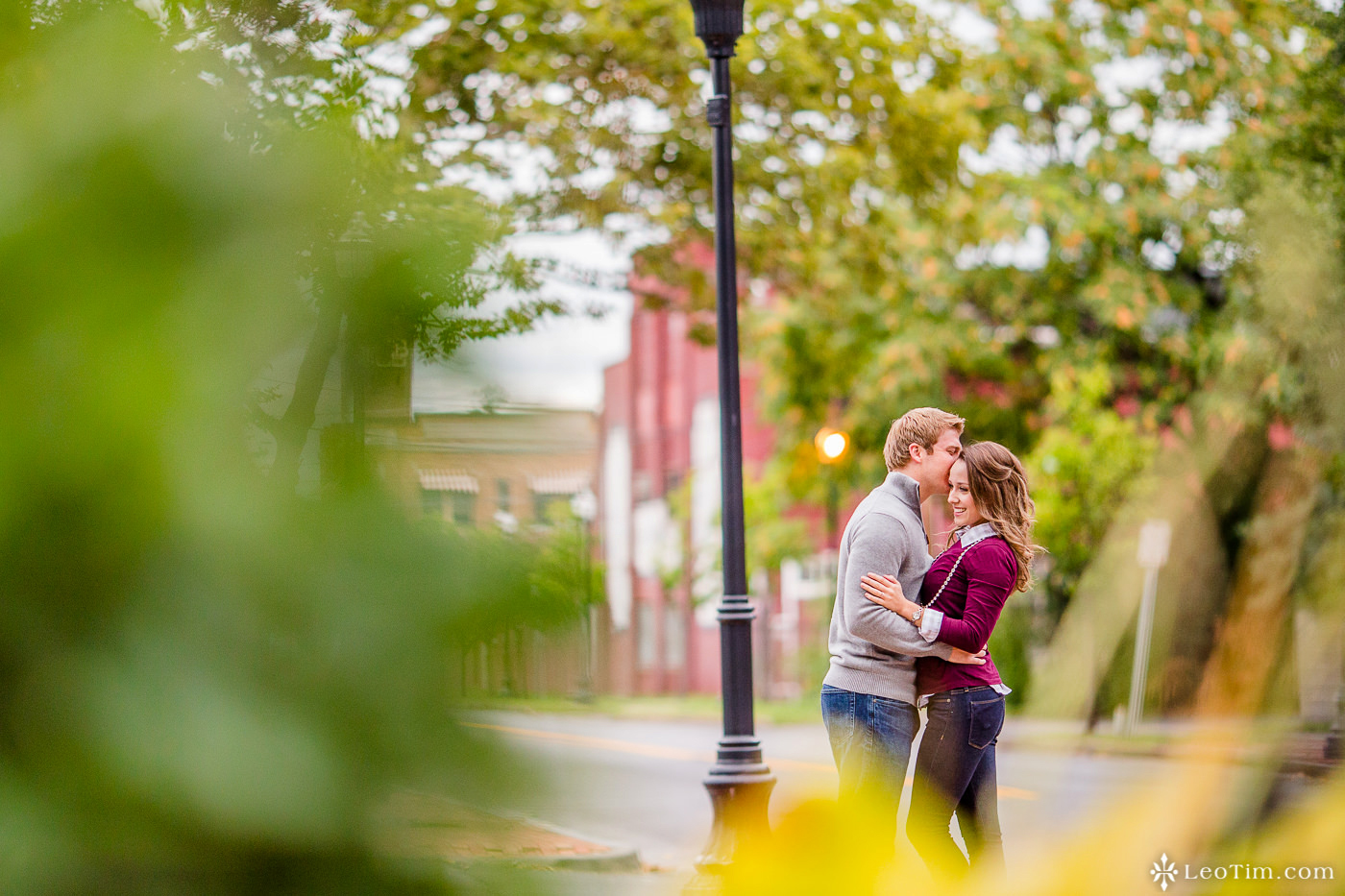 franklin-square-syracuse-engagement-photos-03.jpg