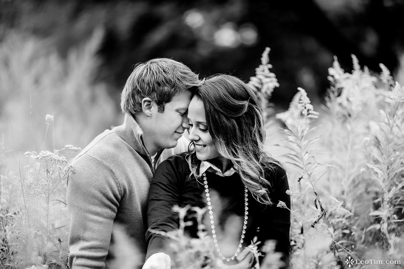 franklin-square-syracuse-engagement-photos-09.jpg