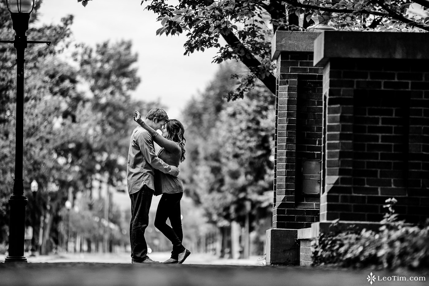 franklin-square-syracuse-engagement-photos-22.jpg