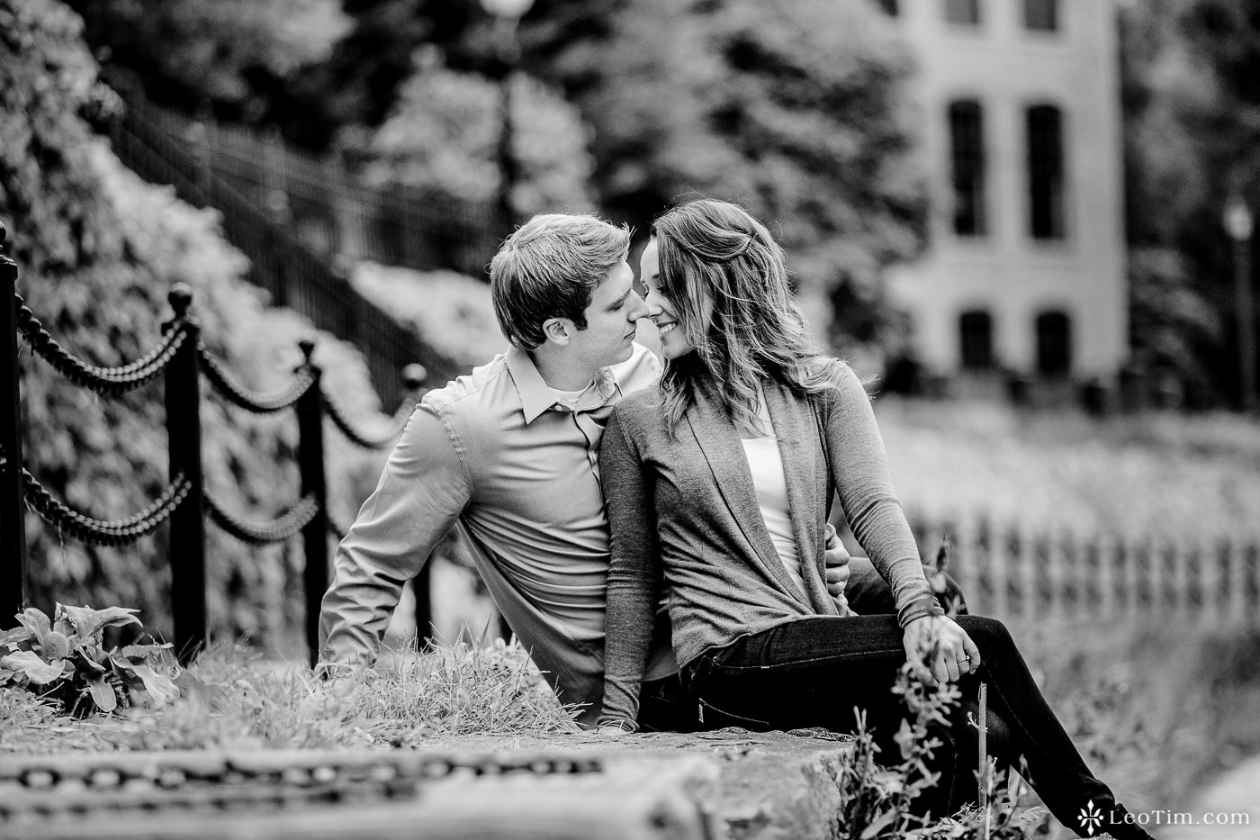 franklin-square-syracuse-engagement-photos-24.jpg