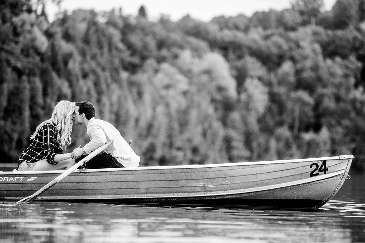 green-lakes-engagement-photos-b05.jpg