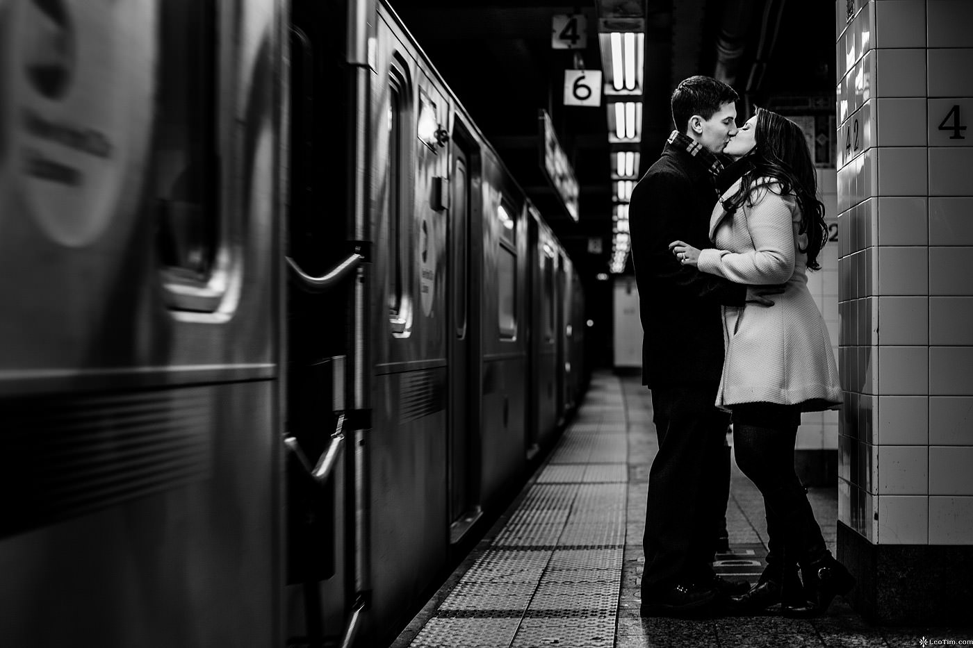 nyc-winter-engagement-photos-18.jpg