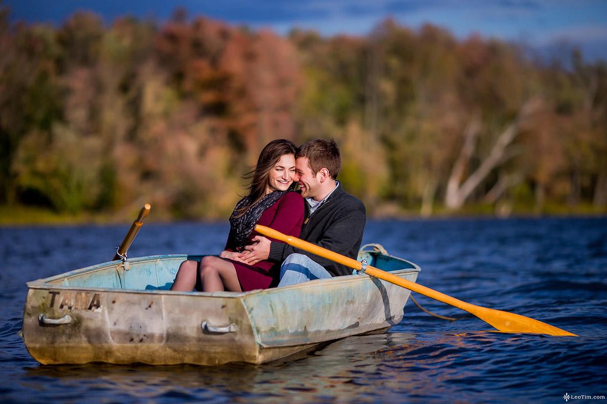 cross-lake-engagement-photos-06.jpg