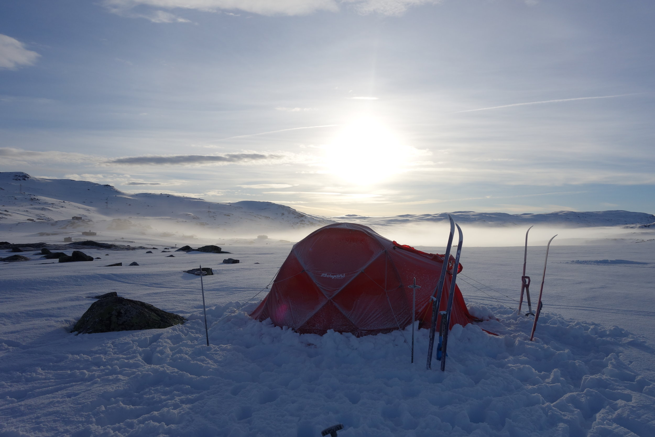 Teltlivet - kaldt og skikkelig fint! Foto: Iselin Spernes