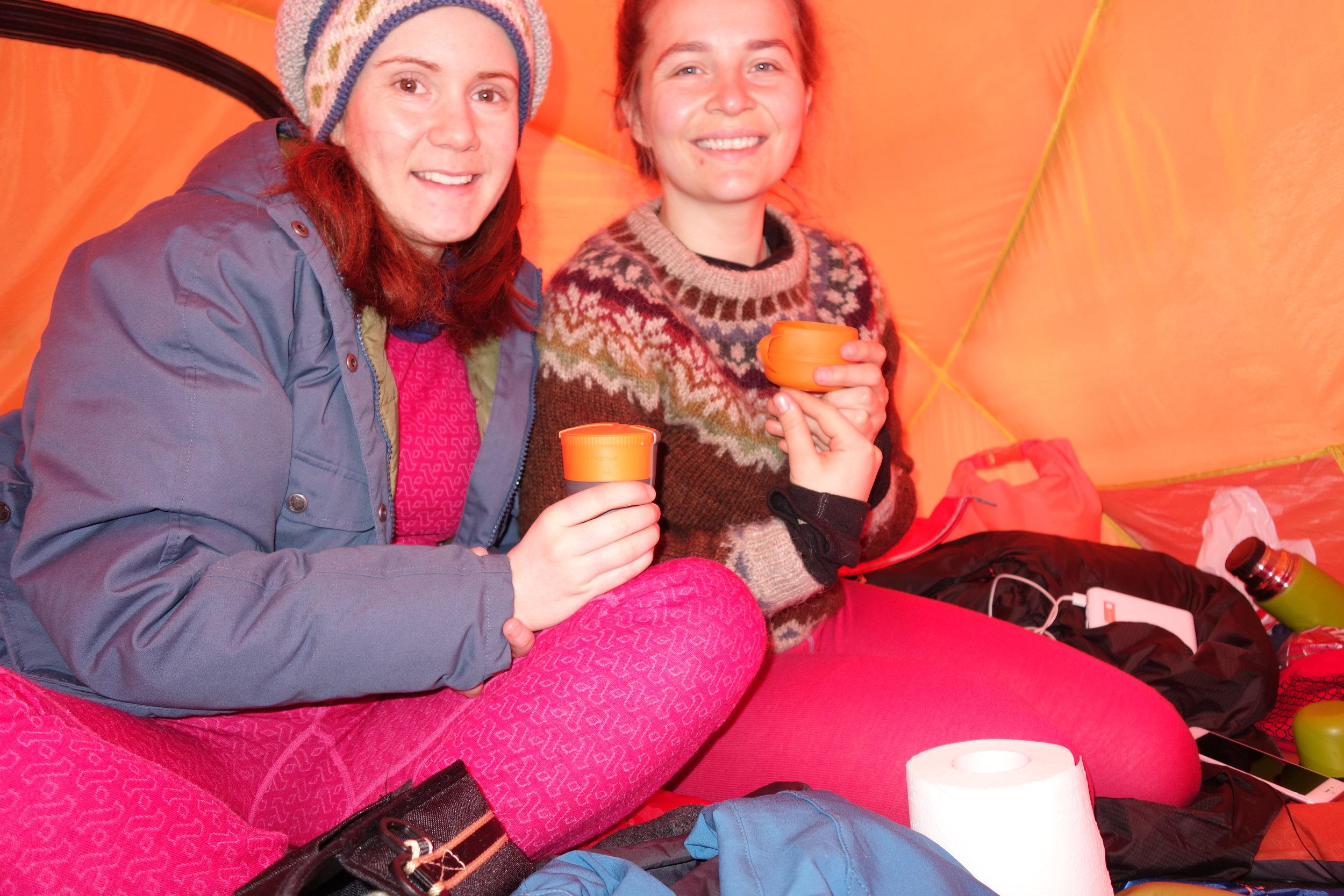 Og i teltet