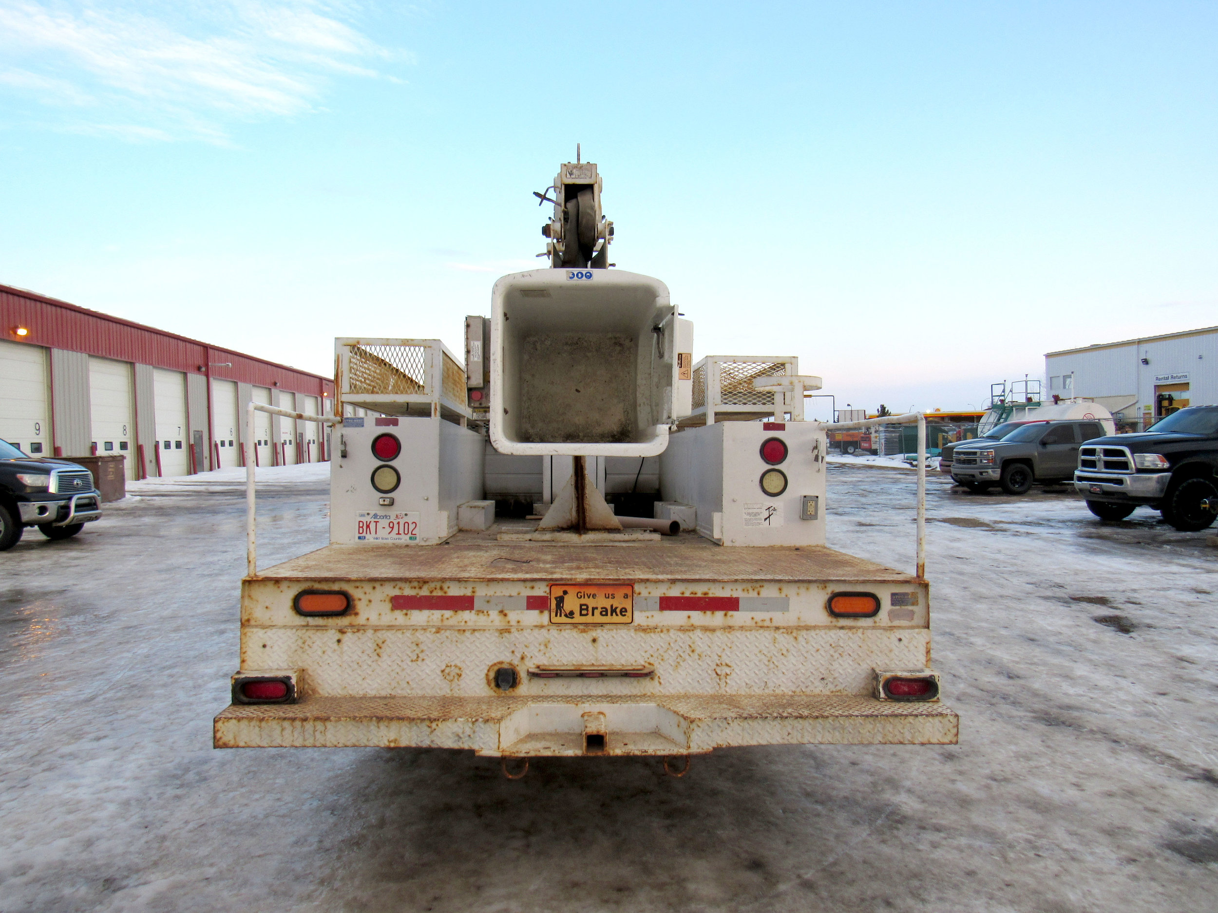 Lan Tech Services Grande Prairie Alberta Bucket Truck Commercial Equipment Rentals