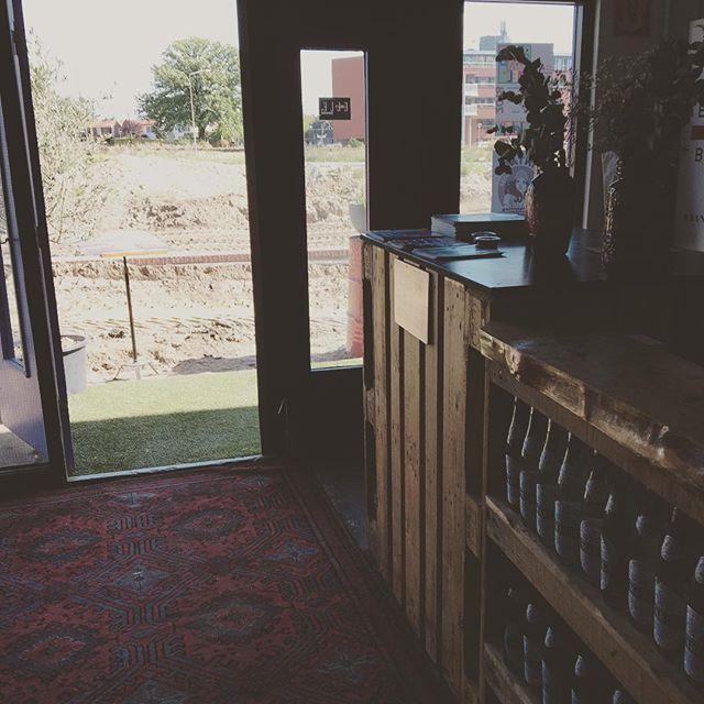 Het Bodemcafé is geopend ! Met mooi zicht op de bodem