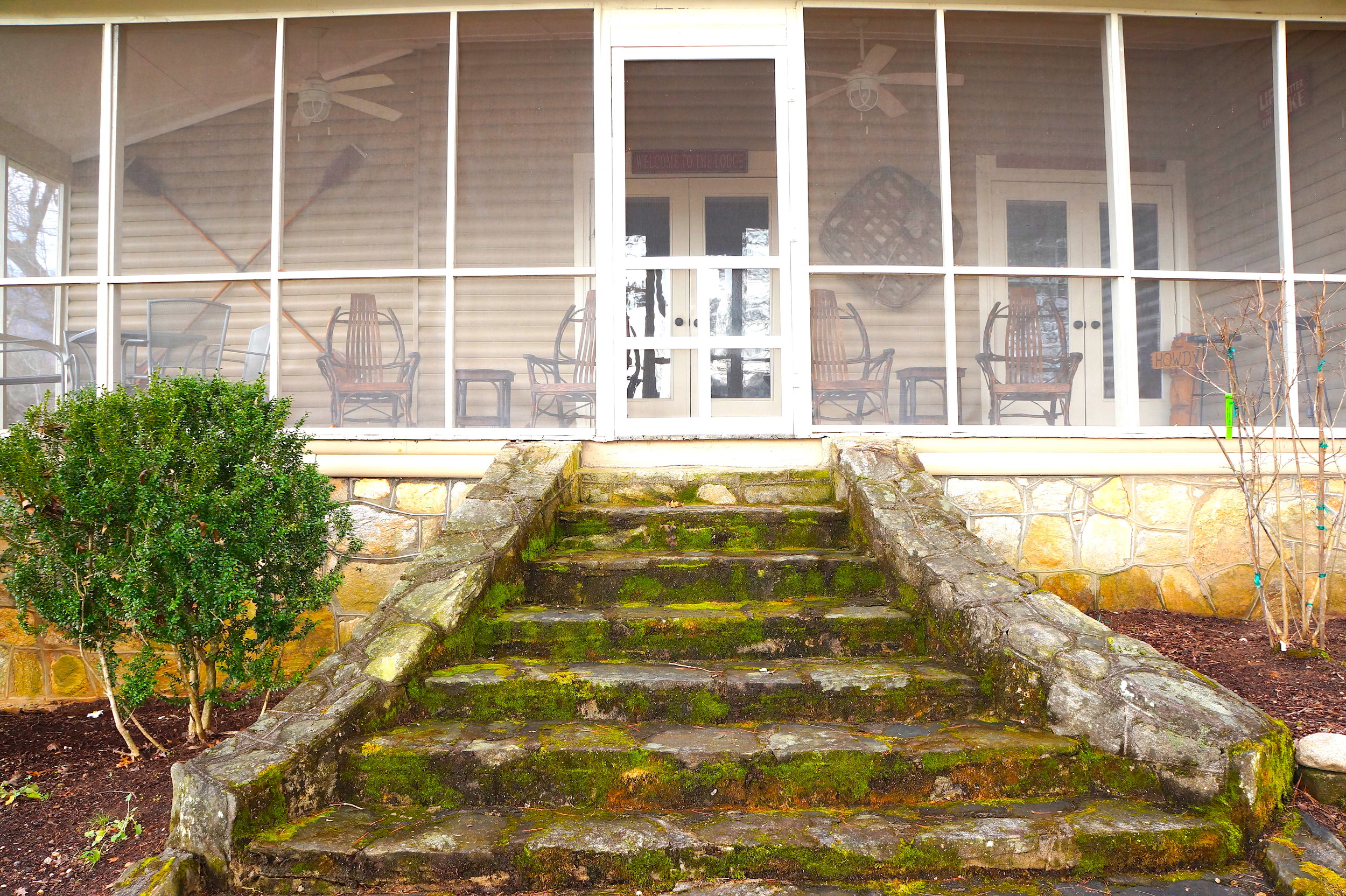lakeview porch from front.JPG