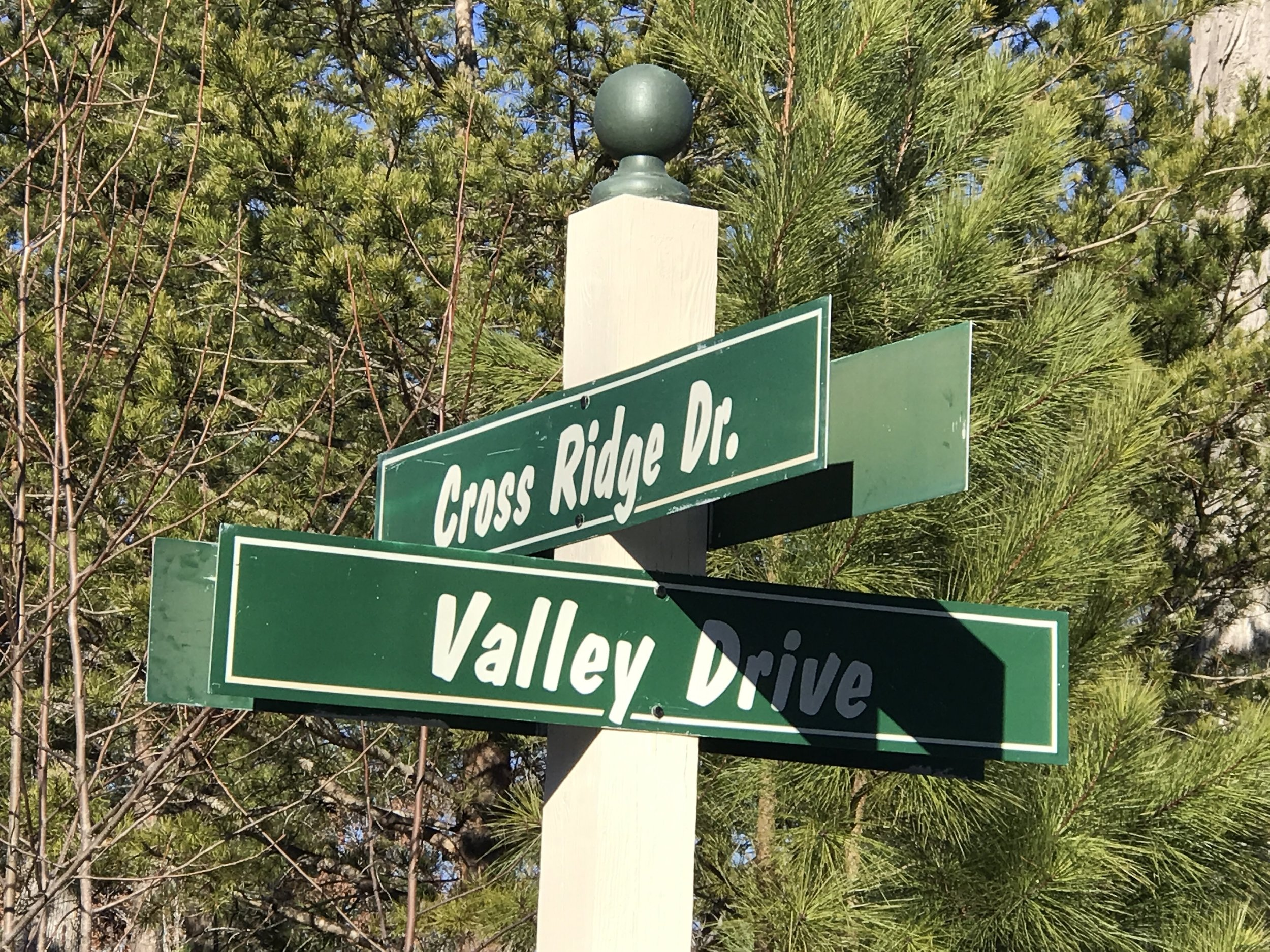 valley dr sign.jpg