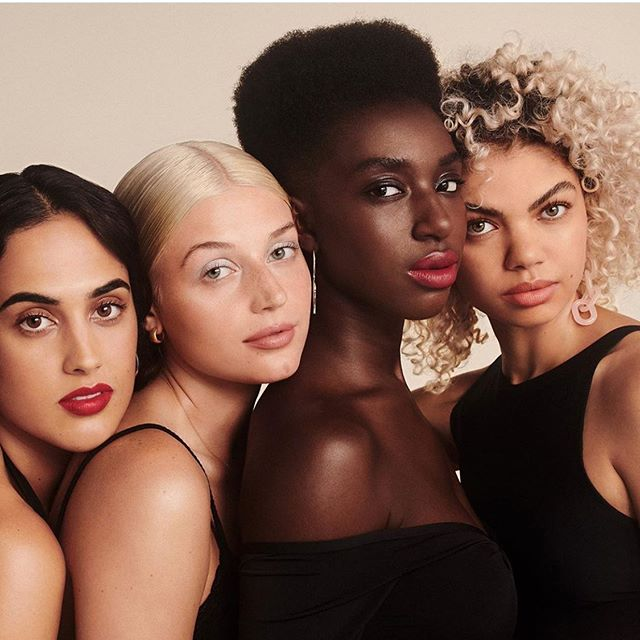 Even when they're wearing different shades, women who find their true match wear the same confidence 💁🏿‍♀️💁🏽‍♀️💁🏼‍♀️💁🏻‍♀️💁🏾‍♀️@fleshbeauty