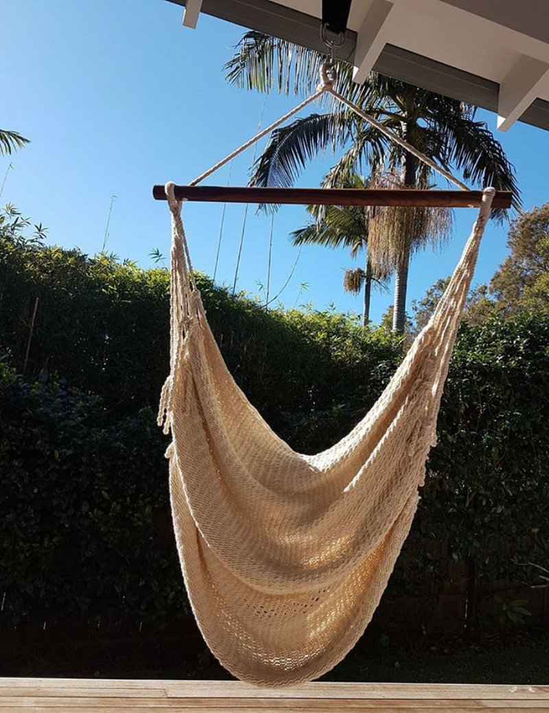 Alba swing outside