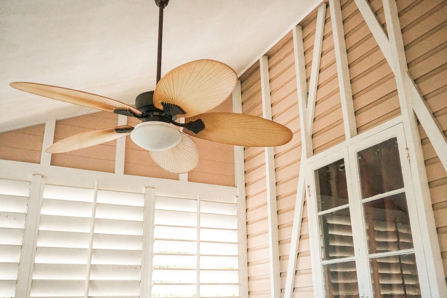 Ceiling Fans And Fixtures Aae