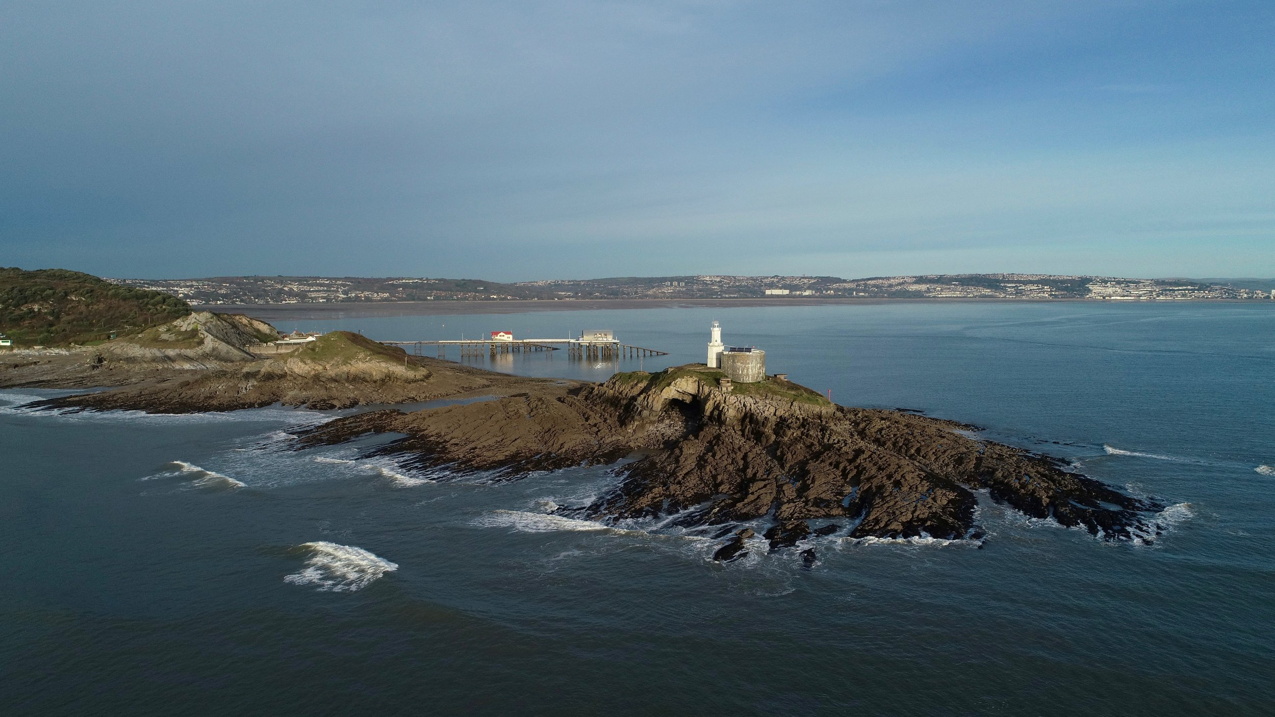 mumbles lighthouse swansea.jpeg