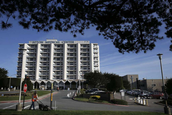 Seton Medical Center  Daly City | X-Ray Remodel  X-Ray remodel consisting of removal of existing machine, upgrade of wall finishes and doors to meet new machine requirements, install new slab and structural steel and installation of new system.Maintained clean Level-4 infectious control environment during construction while maintaining facility operations.  DURATION 8 weeks