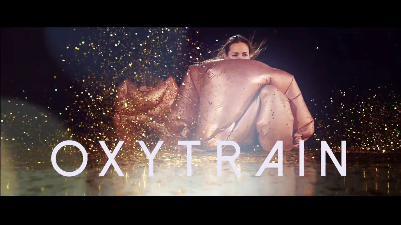 OXYTRAIN - (Choreographer / performer)PREMIERE: TOU scene, Stavanger - autumn 2017.CHOREOGRAPHY: BIONG / SCHIADURATION: 40 minPerformers: Katja Henriksen Schia and Nina BiongCOMPOSER: Åse Ava FredheimI know how life travels inside me. Streams of emotions, associations and parodies in unnumbered order. The heart explodes in confetti.To performers on stage I inflatable suits. Swimming, kaving and dancing for 8 kg glitter, moving in front of human body and a hormone molecule.