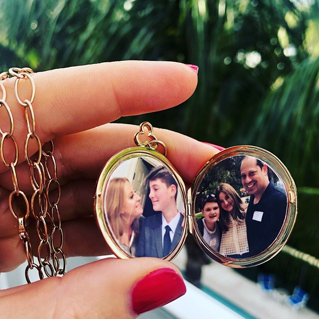 🐥🐥🐥 always with me. . #carrylovewithyou #loveinlockets