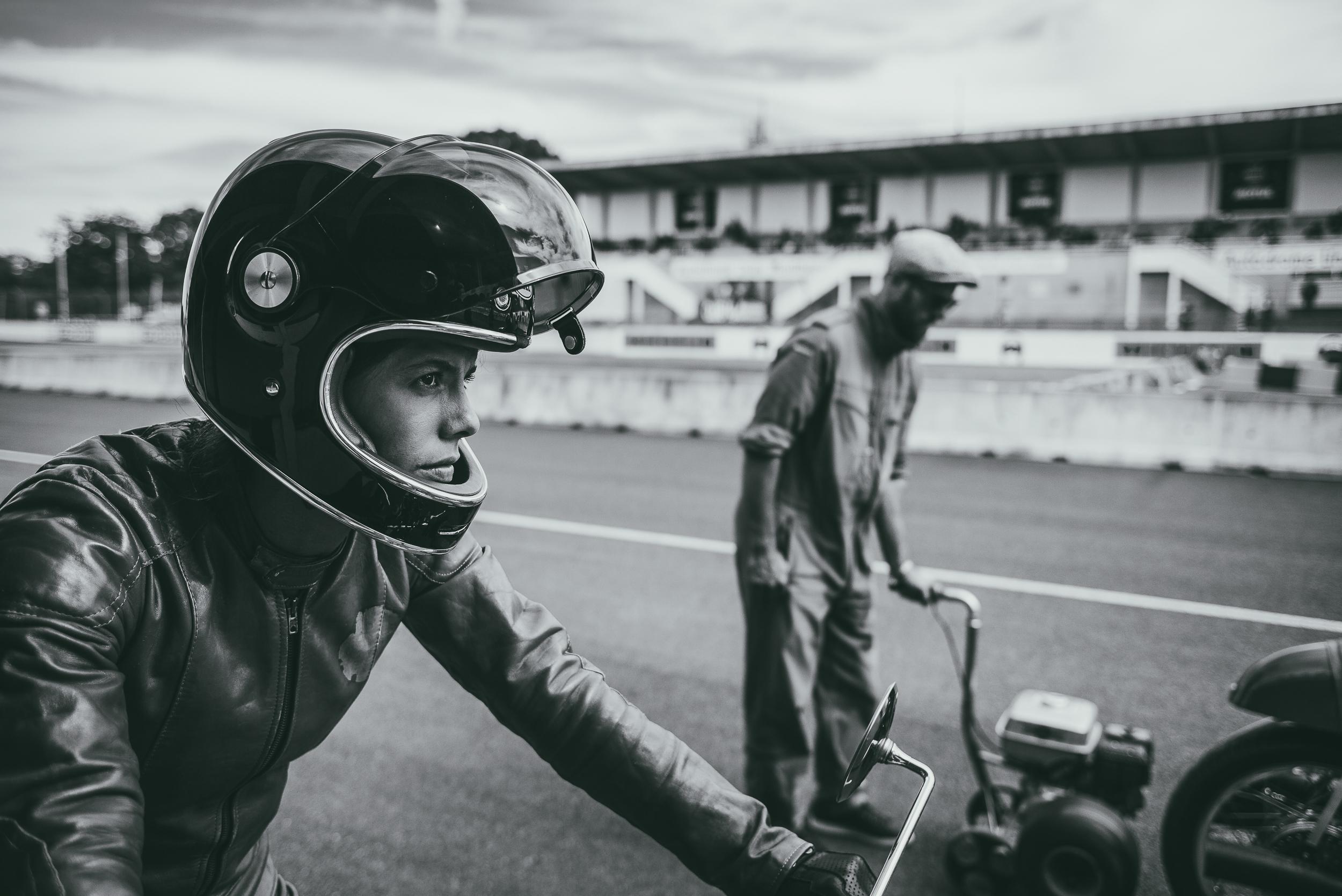 Editorial_Fotografie_Alex_Dietrich_Stuttgart_Portrait_Race_Cafe_Racer.jpg