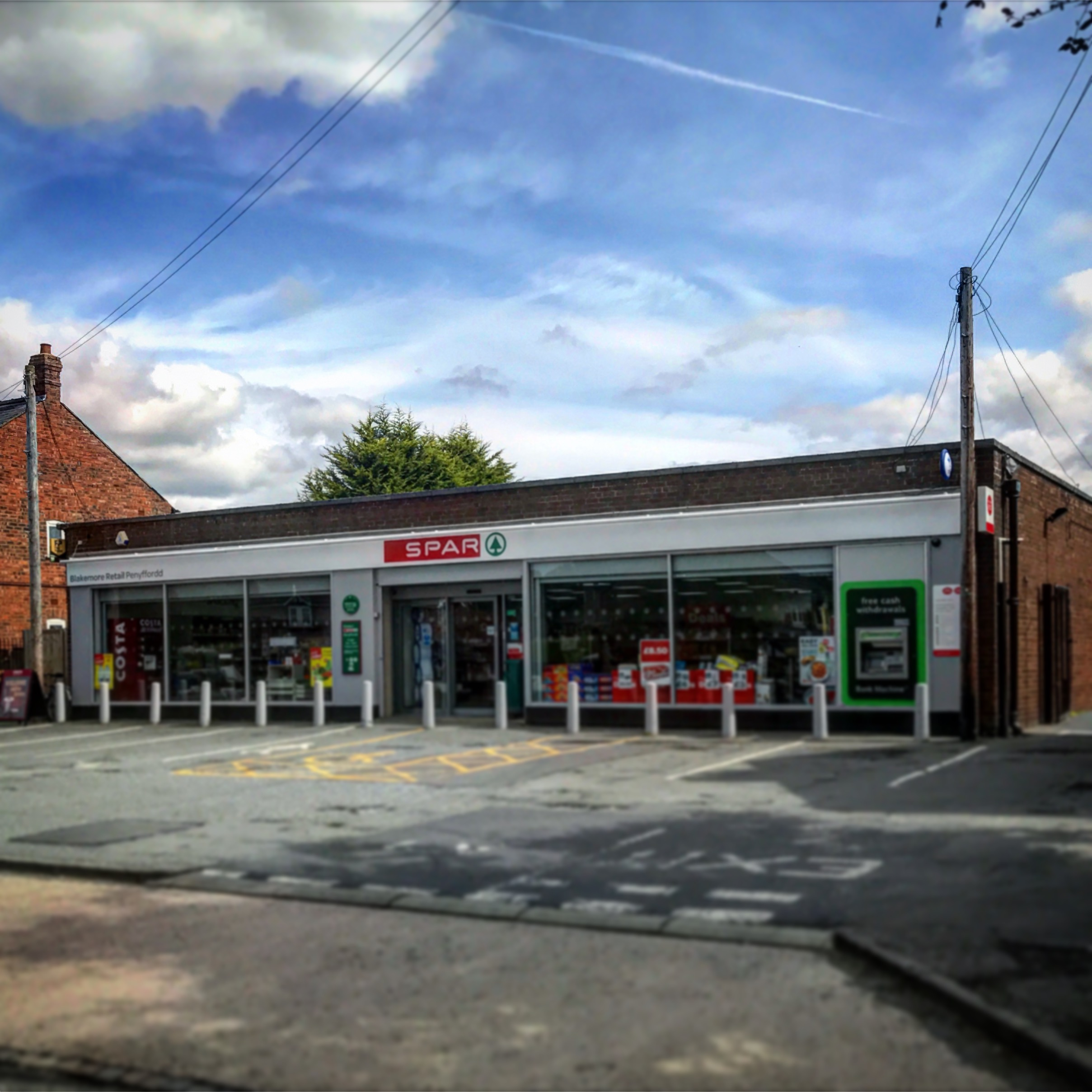 Shops & Banks - Food, Post Office and nearest Banks