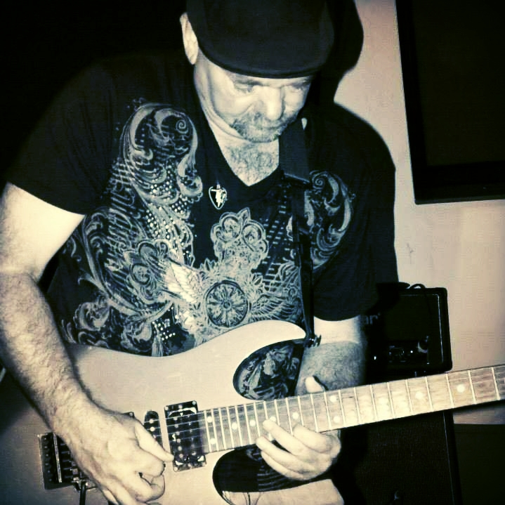 Blues / Jam Rock artist Billy J Has releaseD his self-titled EP, which includes five original tracks written and performed by Billy J and backed by his powerhouse four-member band.  -