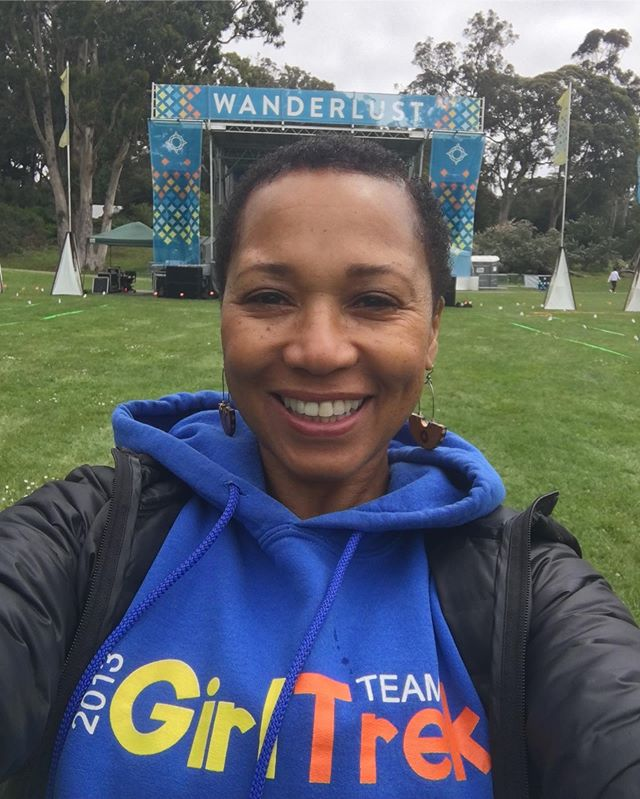 Sunday 5/5 at Wanderlust San Francisco💕Pictured here before teaching my Hatha Vinyasa session at 2pm.  Arrived early to get my walk in beautiful Golden Gate Park to kick off week 4 of Girltrek 10 week walking campaign🏃🏾‍♀️ Next stop to teach outside of #oakland is  #Stressprotest🧘🏾‍♀️ Imagine 1,000 beautiful Blackewomen in the Colorado Rockie Mountains for a Radical Weekend of Self-Care 8/30-9/2 in Estes Park. I'll be there teaching for the 3rd year!🤗 Go to Stressprotest.com for details and registration. #Girltrek #anasayoga #stressprotest #wanderlust #eastbayyoga #oaklandyoga #wanderlustsanfrancisco #blackgirljoy #selfcare #wanderlust2019 #anasayoga #atrekkinyogi #yoga #hathavinyasa #hathayoga #selfcareisarevolutionaryact #blackjoy #travelnoire #radicalselfcare #yogainspiration