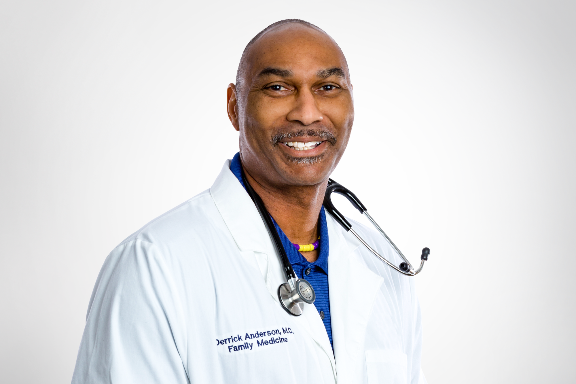 Derrick Anderson, MD, Family Physician - Dr. Anderson received his MD from University of South Carolina. He's received several awards and is especially interested in minority and men's health, adolescent medicine and volunteer coaching.