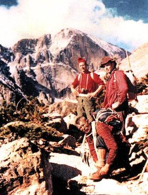 wilson_a_rock_climbing_01.jpg