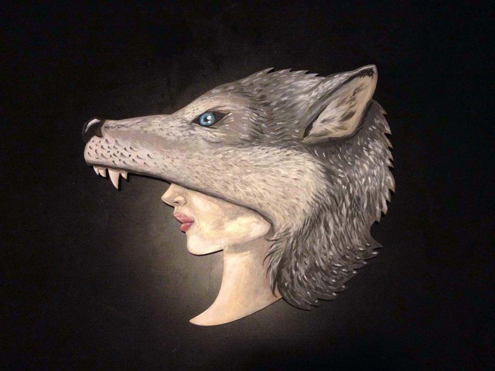 ChrisGallevo_Wolf_Headdress_1340_c.jpg