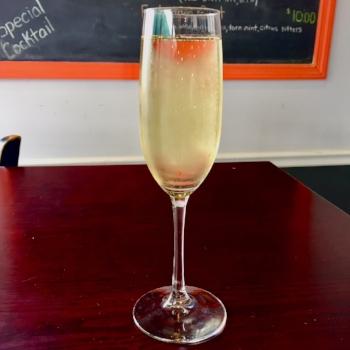 Champagne-min.jpg