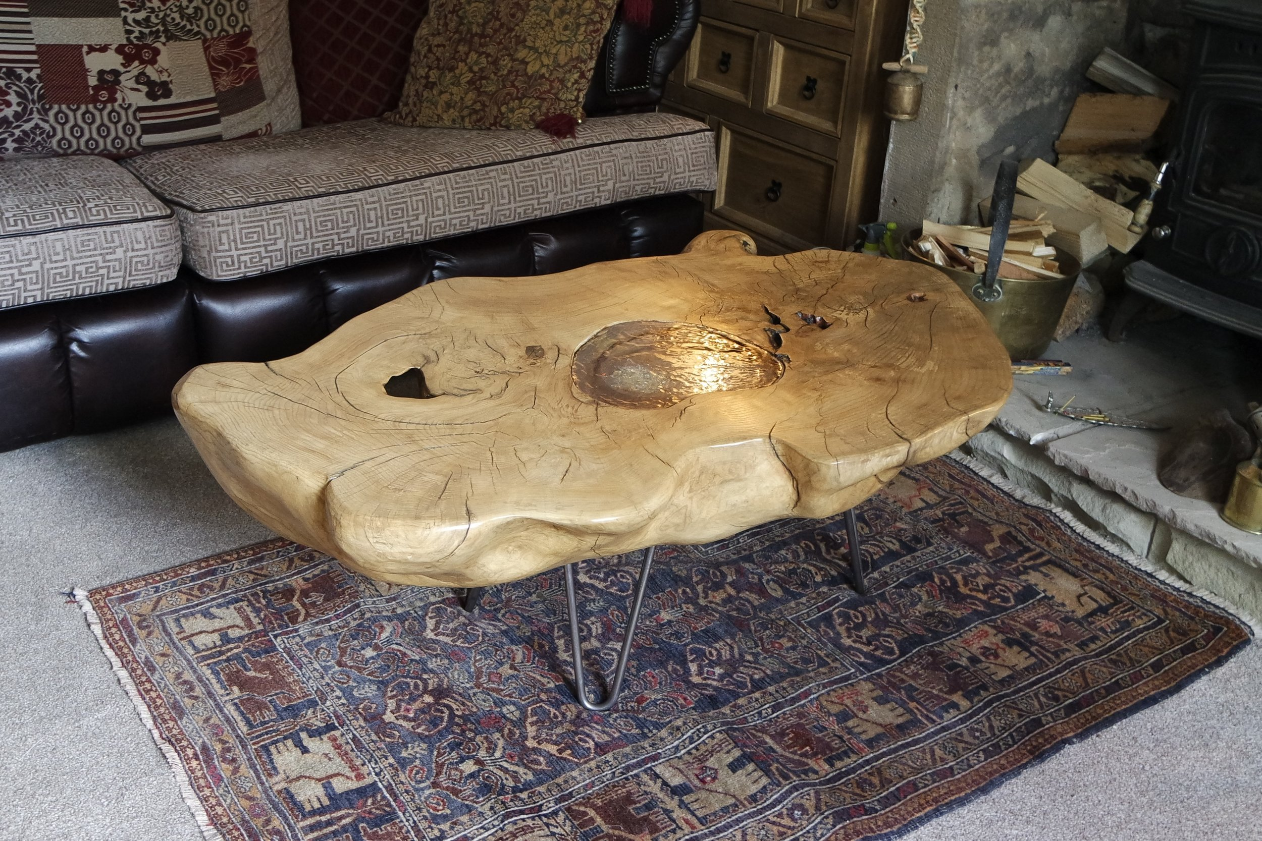 Driftwood memorail table  (1).JPG