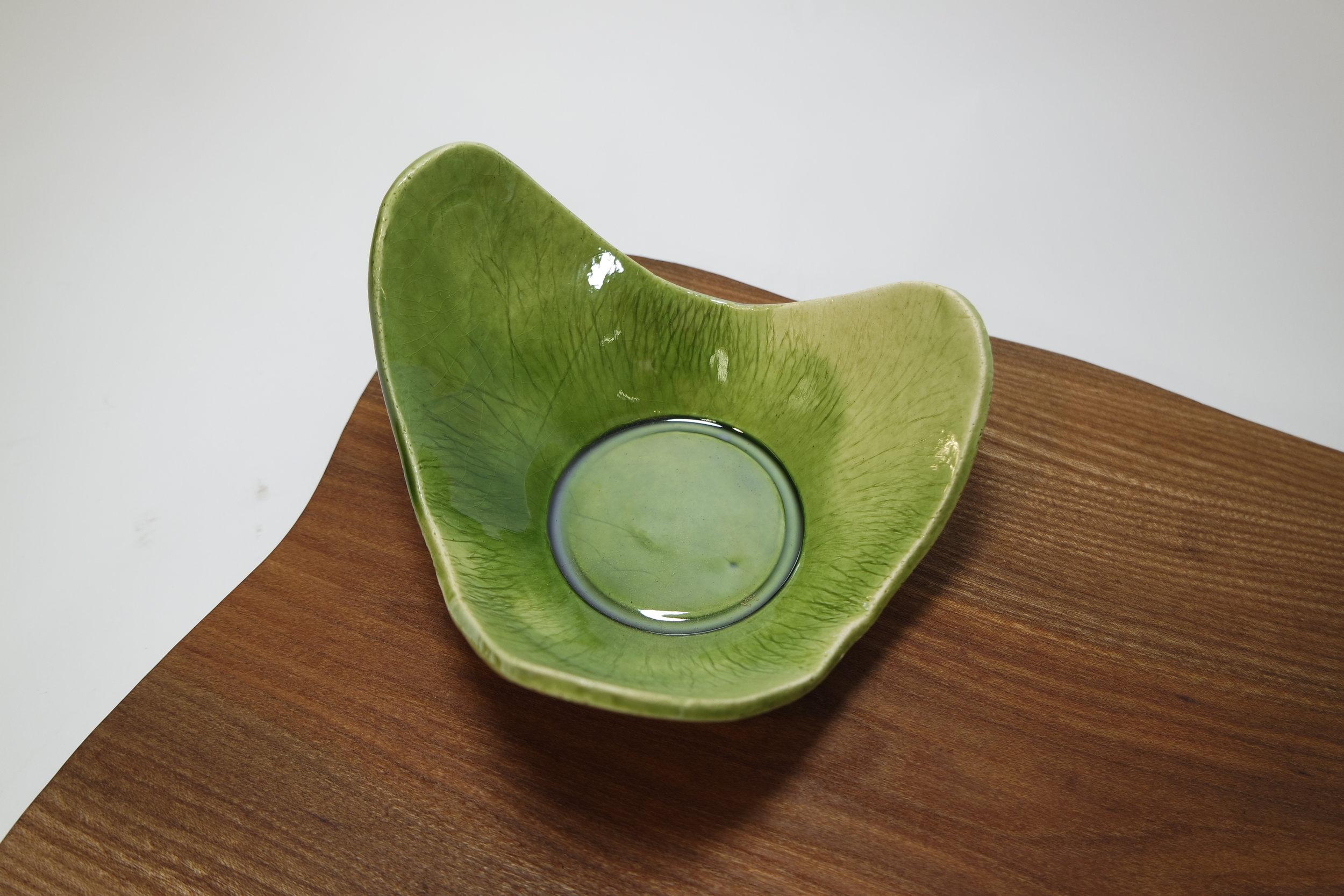 Elm Serving Platter with Green Leaf Bowl (9).JPG
