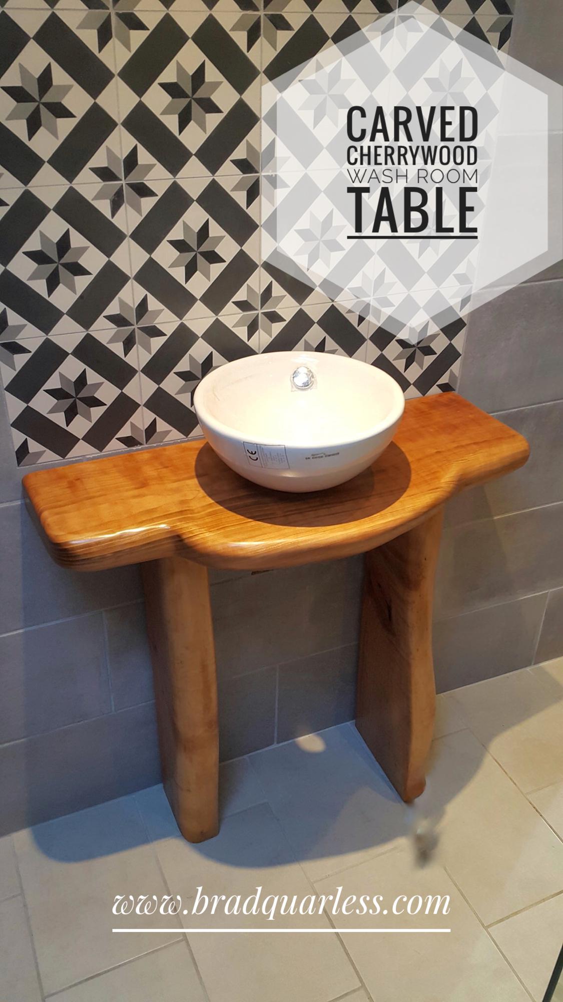 guéridon en bois de cerisier/bathroom pedestal table