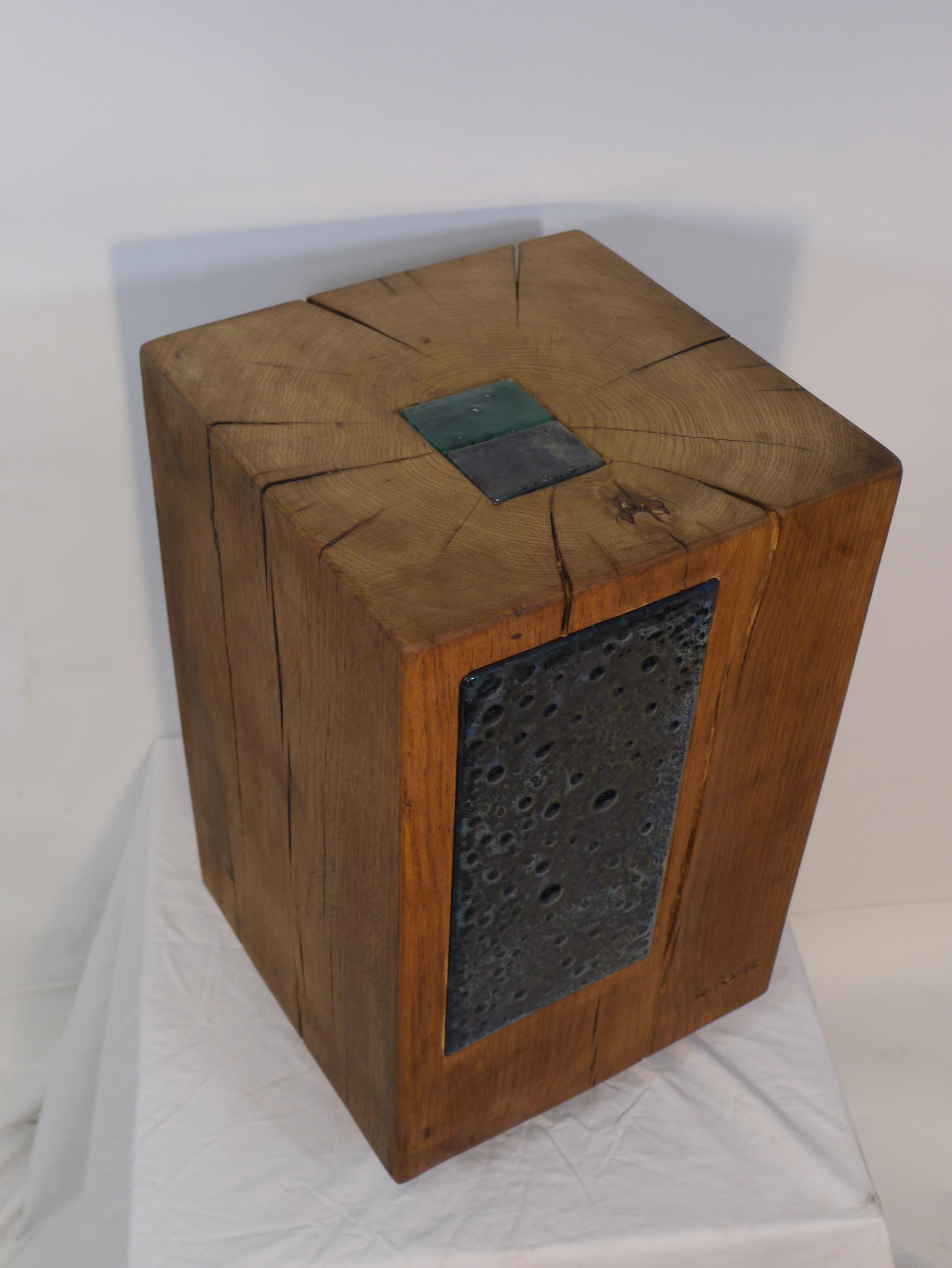 Oak side table No III