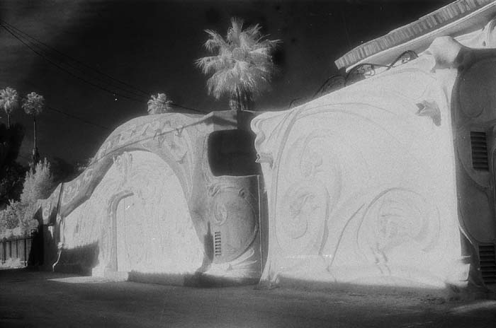 Zaza, Tony-Gaudi.jpg