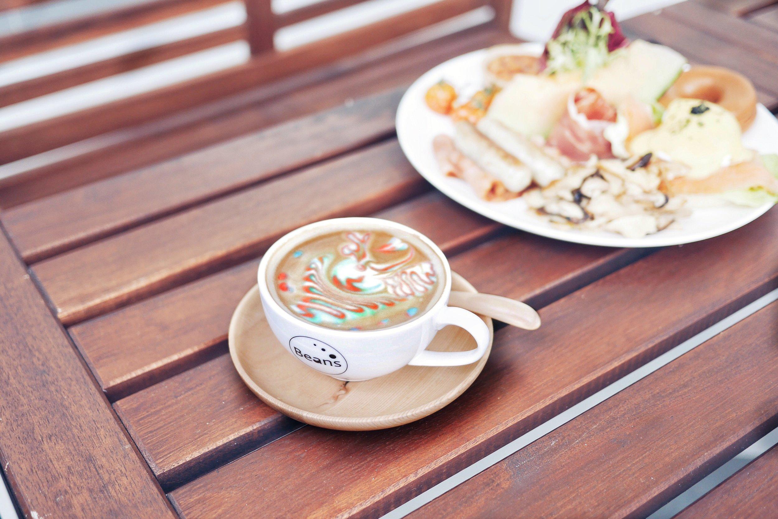 Rainbow latte 3.JPG